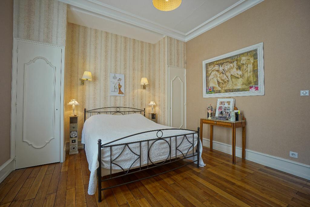 Maison à vendre 8 290m2 à Montluçon vignette-10