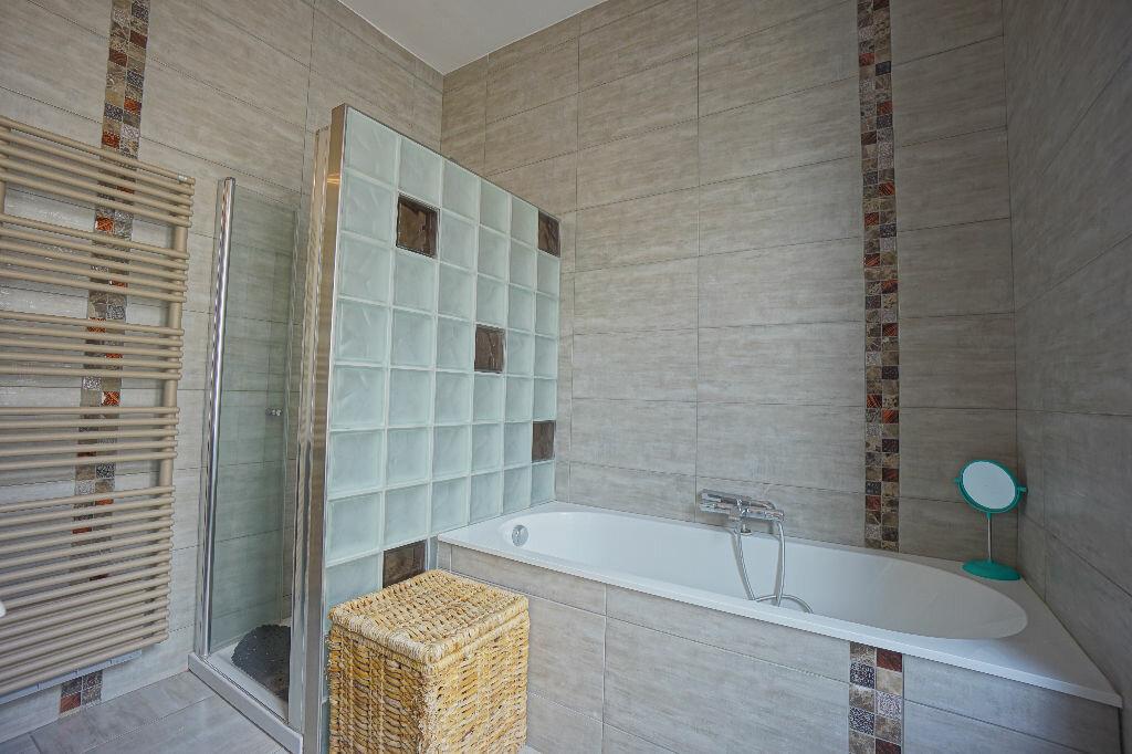 Maison à vendre 8 290m2 à Montluçon vignette-14