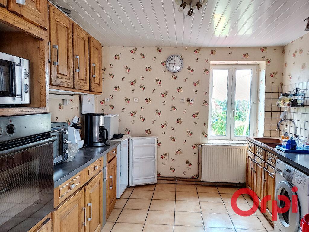 Maison à vendre 5 110m2 à Montvicq vignette-6
