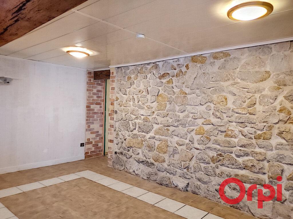 Maison à vendre 5 110m2 à Montvicq vignette-8