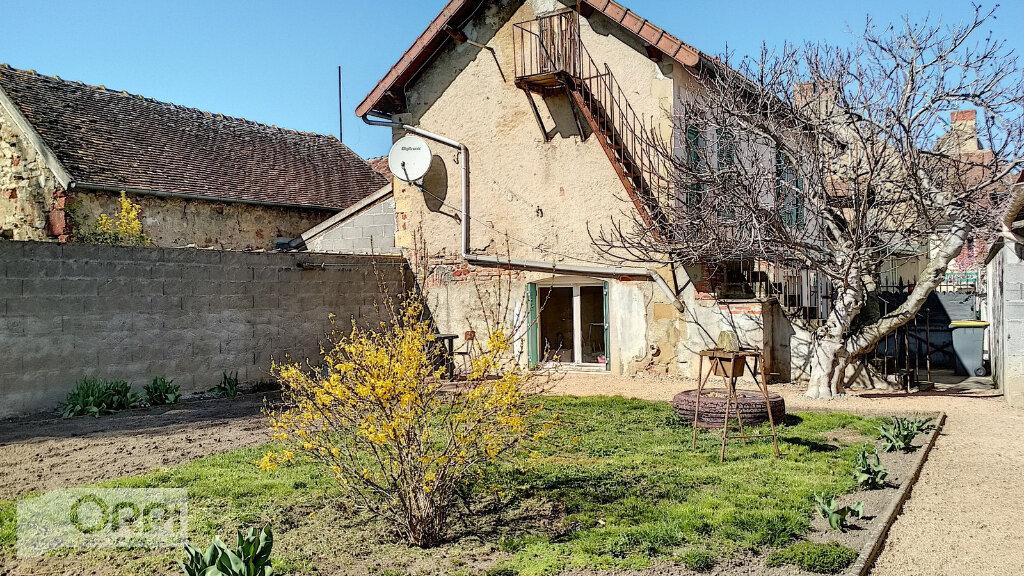 Maison à vendre 3 60m2 à Villefranche-d'Allier vignette-2