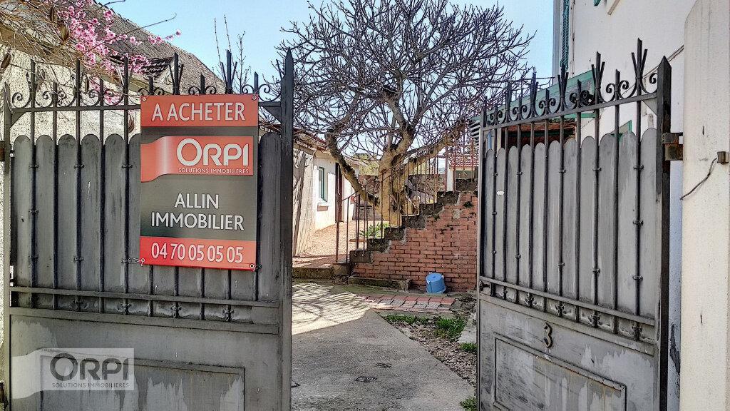 Maison à vendre 3 60m2 à Villefranche-d'Allier vignette-8