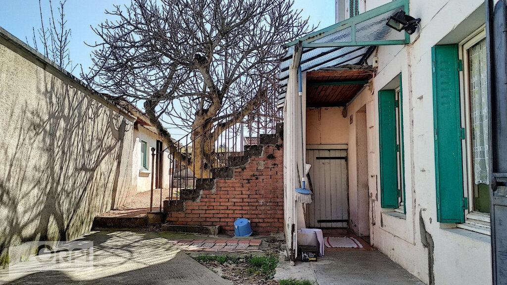 Maison à vendre 3 60m2 à Villefranche-d'Allier vignette-9