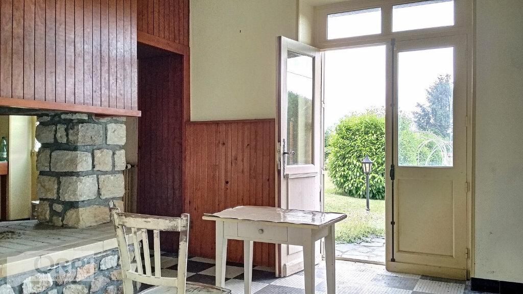 Maison à vendre 15 380m2 à Montmarault vignette-6