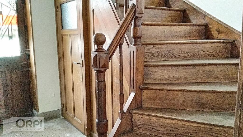Maison à vendre 15 380m2 à Montmarault vignette-9