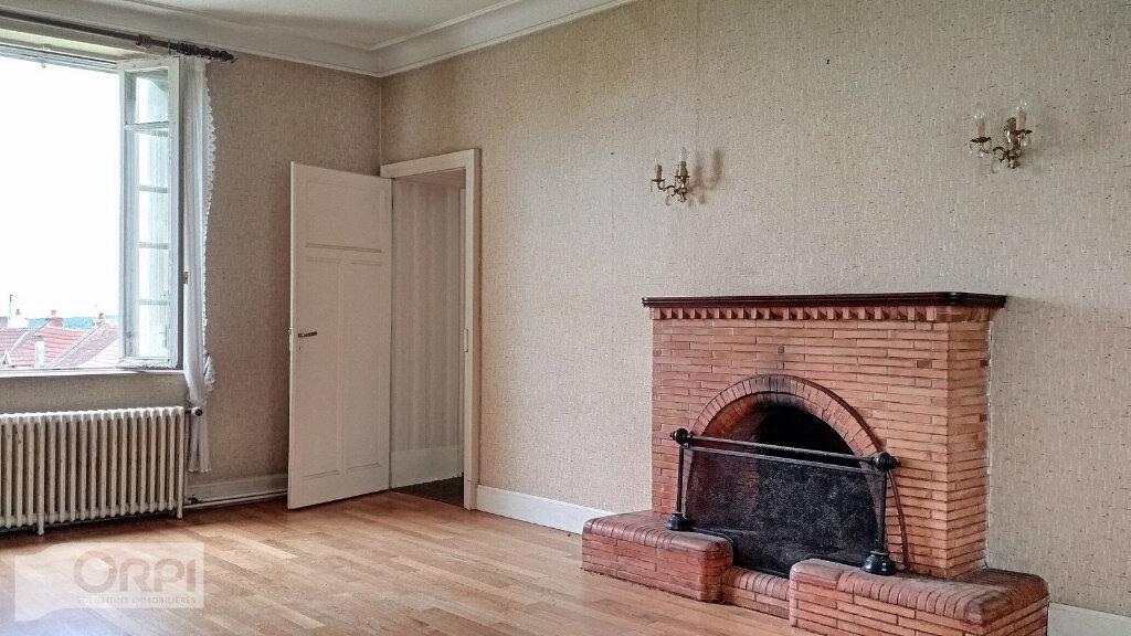 Maison à vendre 15 380m2 à Montmarault vignette-11
