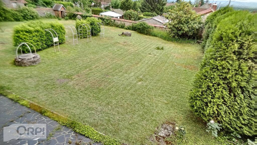 Maison à vendre 15 380m2 à Montmarault vignette-16