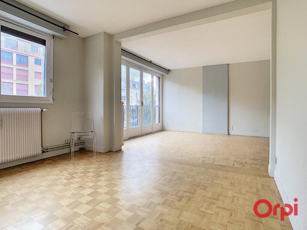 Appartement à vendre 4 106m2 à Montluçon vignette-12