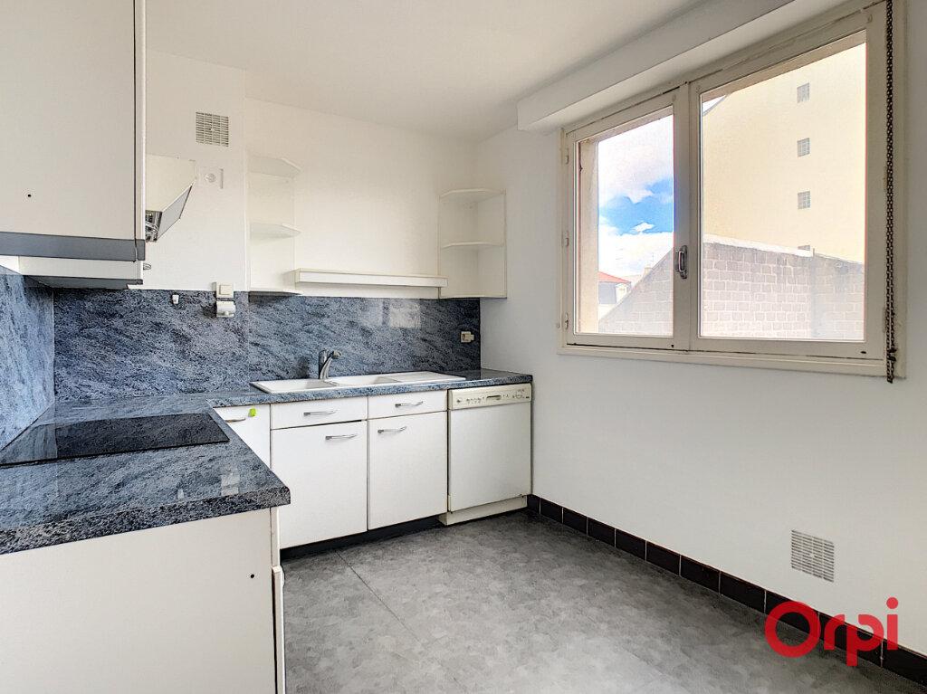 Appartement à vendre 4 106m2 à Montluçon vignette-14