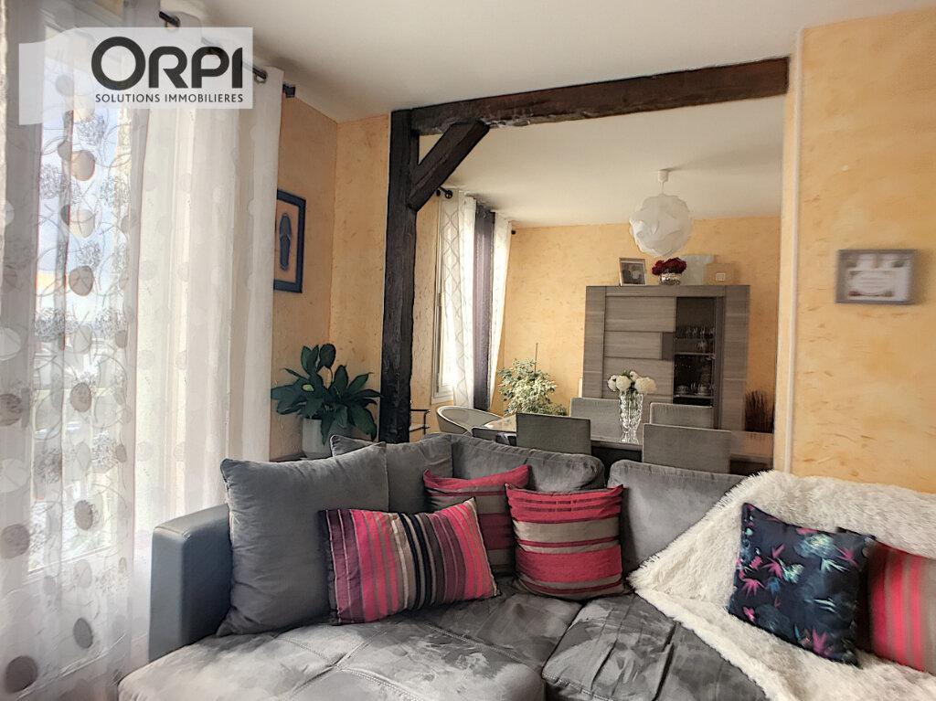 Appartement à vendre 4 77m2 à Montluçon vignette-1