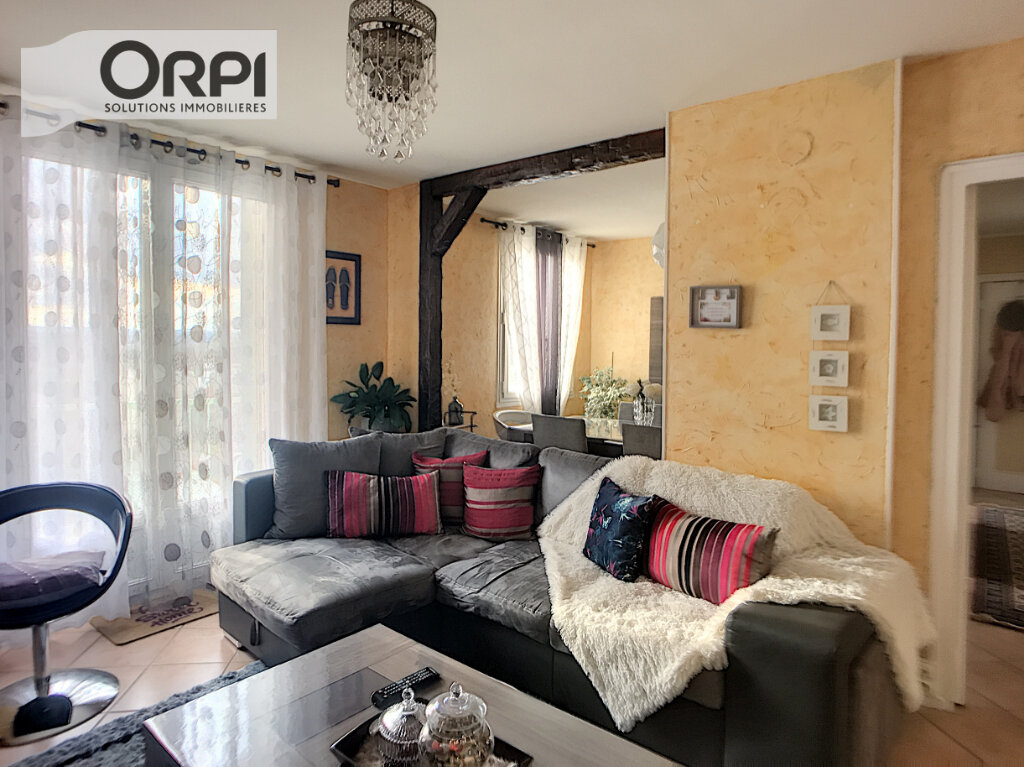 Appartement à vendre 4 77m2 à Montluçon vignette-4