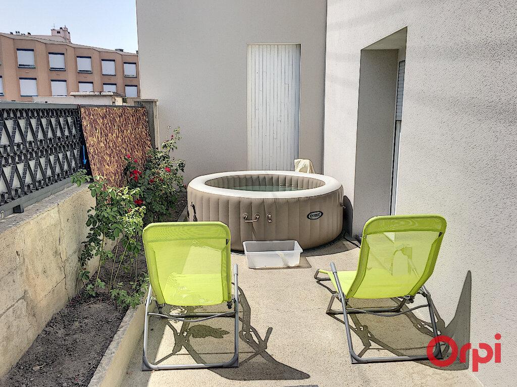 Maison à vendre 6 126m2 à Montluçon vignette-5