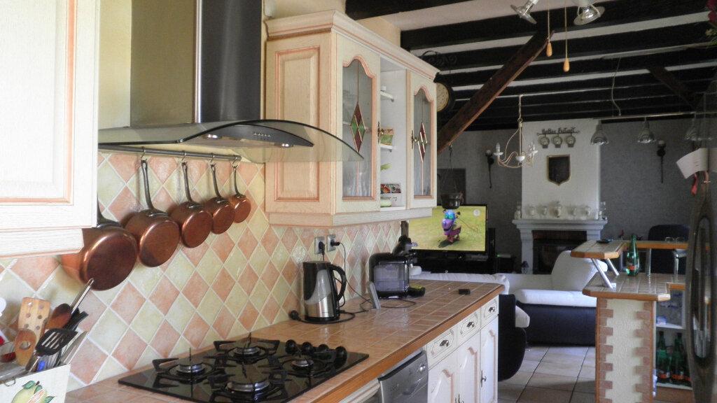 Maison à vendre 5 114m2 à Saint-Bonnet-de-Four vignette-3