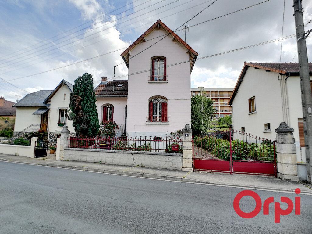 Maison à vendre 3 97m2 à Montluçon vignette-1