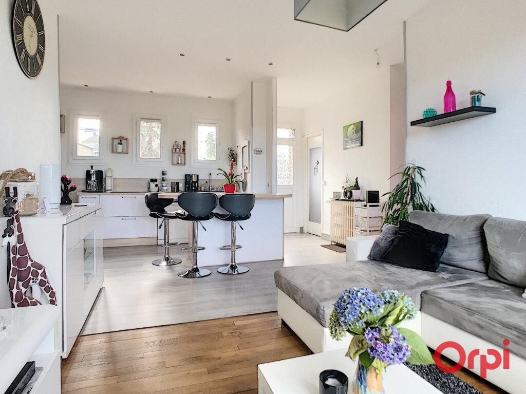 Maison à vendre 3 65m2 à Montluçon vignette-9