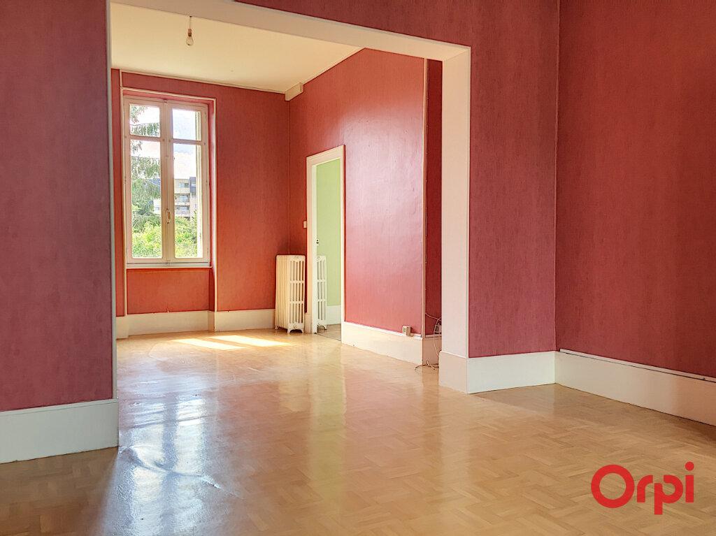 Maison à vendre 7 135m2 à Montluçon vignette-3