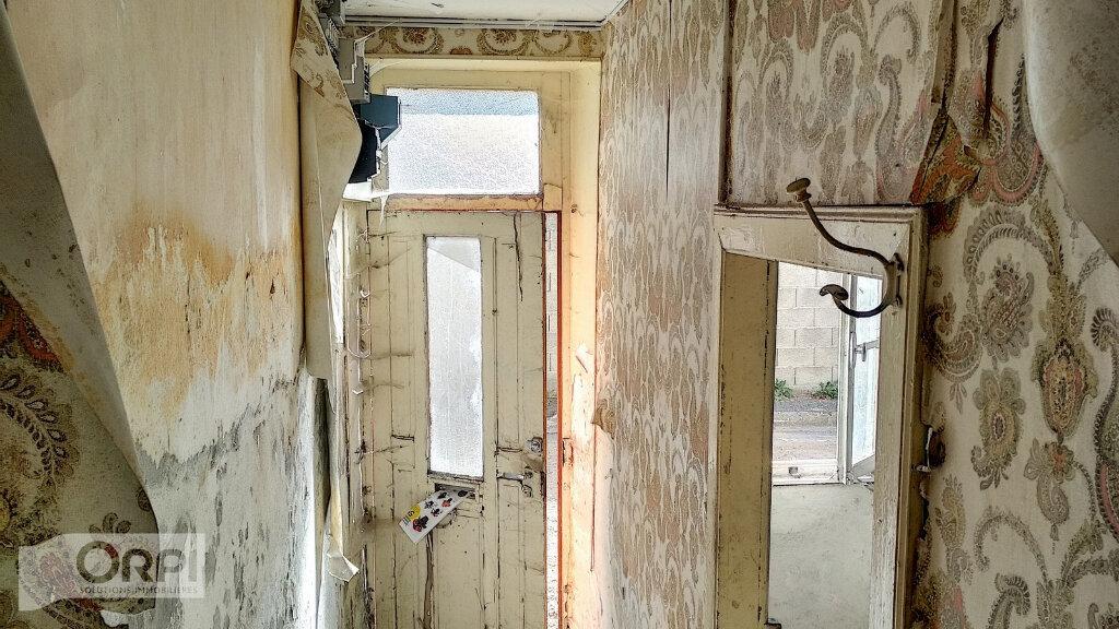Maison à vendre 3 60m2 à Montmarault vignette-4