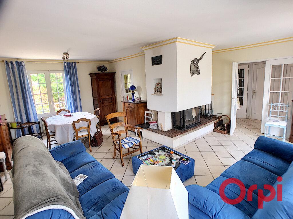 Maison à vendre 8 194m2 à Ainay-le-Château vignette-2