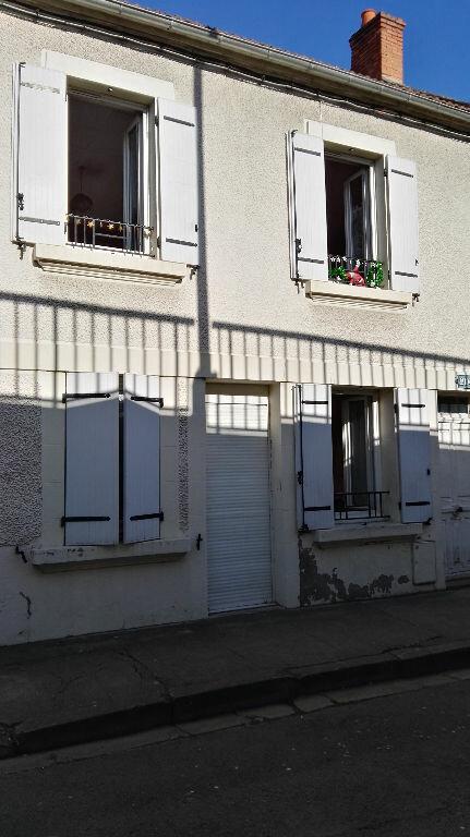 Immeuble à vendre 0 140m2 à Montluçon vignette-1