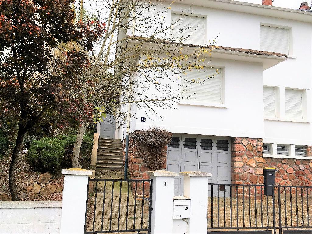 Maison à vendre 8 162m2 à Montluçon vignette-11