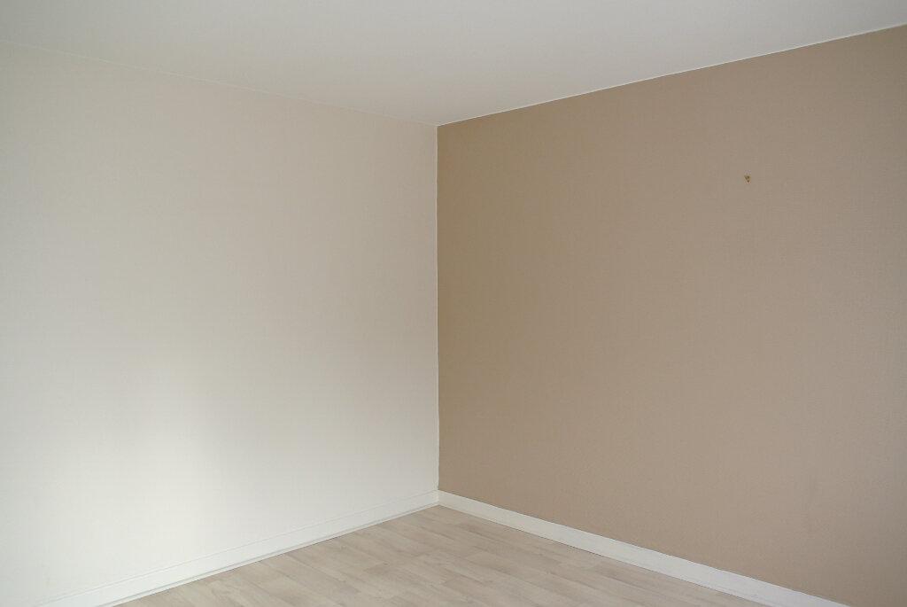 Maison à vendre 8 162m2 à Montluçon vignette-15