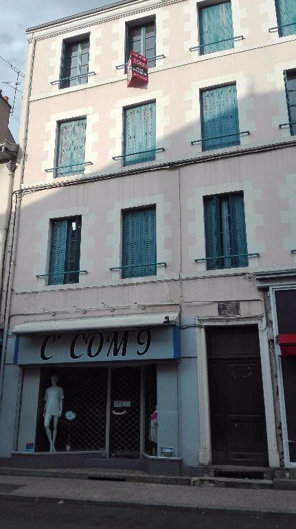 Appartement à vendre 2 41.2m2 à Montluçon vignette-1