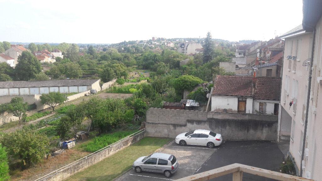 Appartement à vendre 3 72.55m2 à Montluçon vignette-4