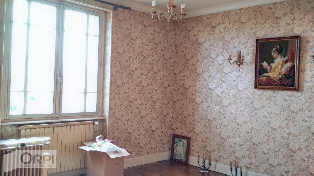 Maison à vendre 5 105m2 à Montmarault vignette-8