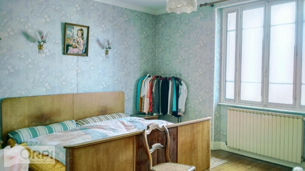 Maison à vendre 5 105m2 à Montmarault vignette-10