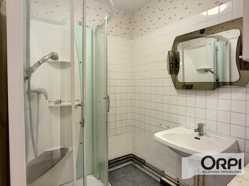Appartement à vendre 3 71m2 à Montluçon vignette-3