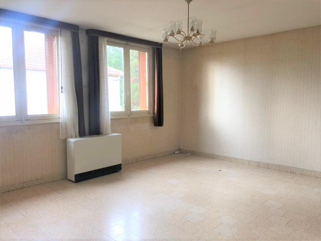 Maison à vendre 7 123m2 à Vallon-en-Sully vignette-4