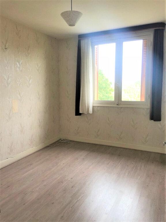 Maison à vendre 7 123m2 à Vallon-en-Sully vignette-6
