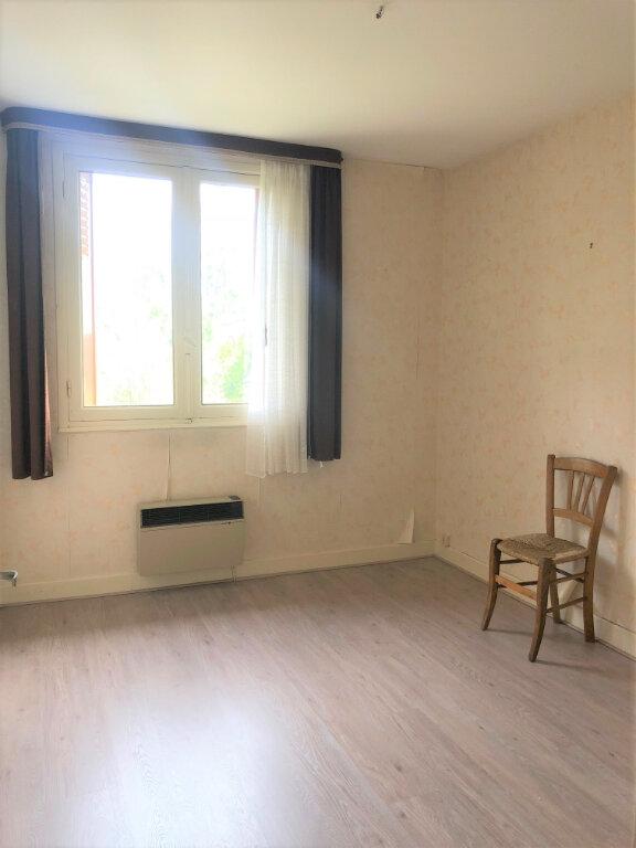 Maison à vendre 7 123m2 à Vallon-en-Sully vignette-7
