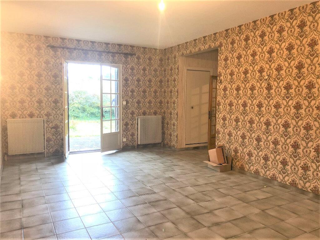 Maison à vendre 5 101m2 à Saint-Désiré vignette-2