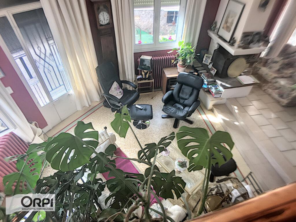 Maison à vendre 8 152m2 à Montluçon vignette-2