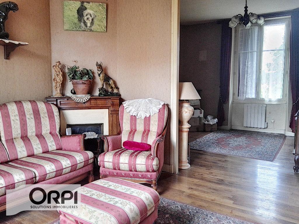 Maison à vendre 4 101m2 à Montluçon vignette-2