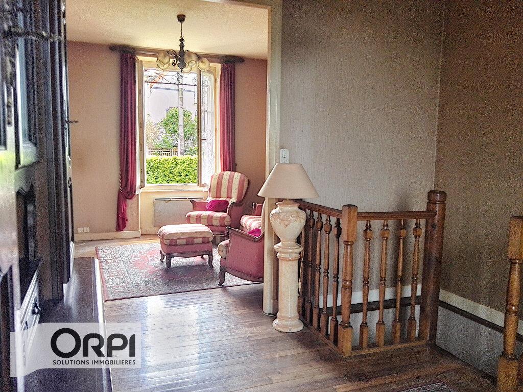 Maison à vendre 4 101m2 à Montluçon vignette-3