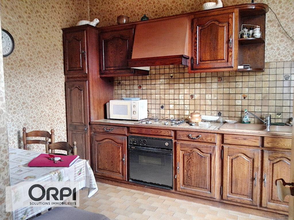 Maison à vendre 4 101m2 à Montluçon vignette-4