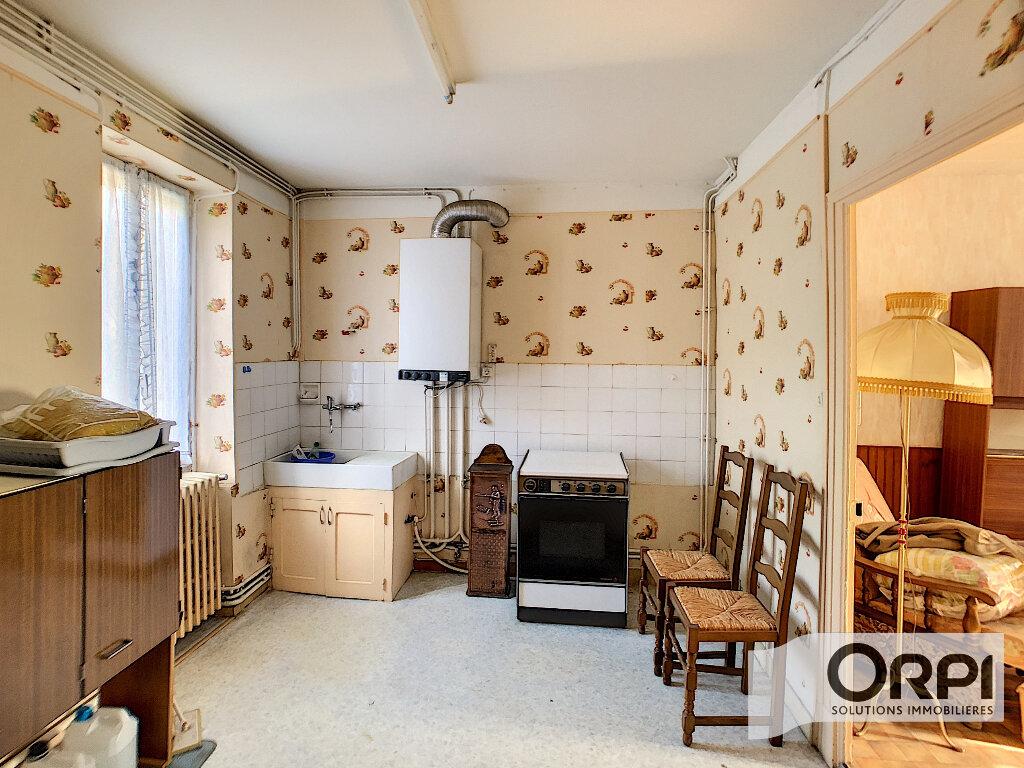 Maison à vendre 2 71m2 à Saint-Amand-Montrond vignette-2