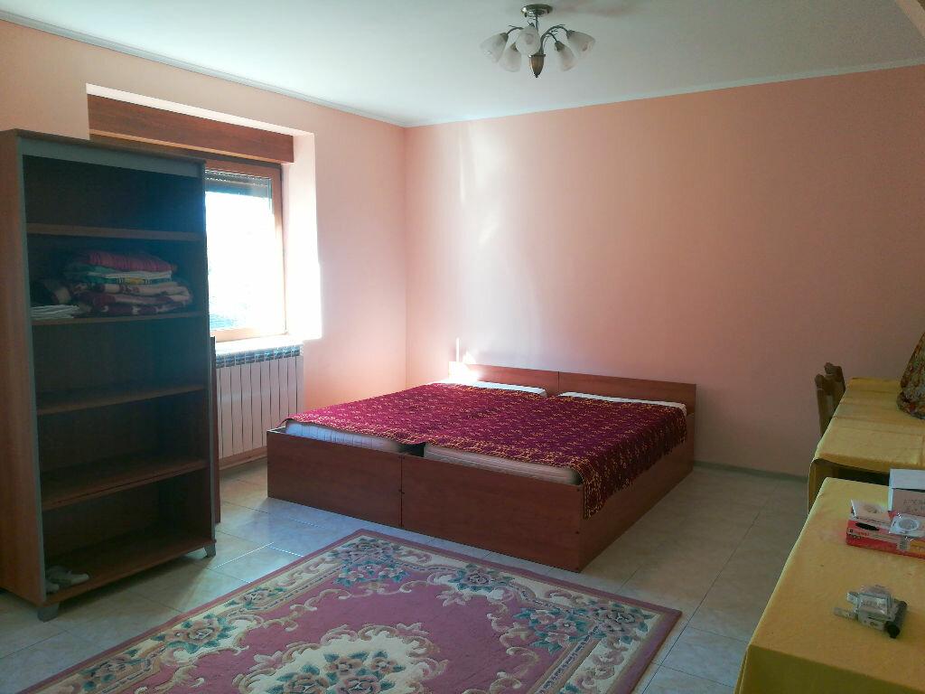 Maison à vendre 8 218m2 à Saint-Amand-Montrond vignette-5