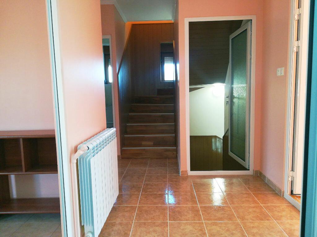 Maison à vendre 8 218m2 à Saint-Amand-Montrond vignette-8