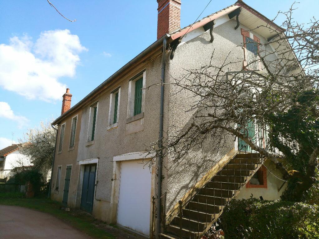 Maison à vendre 4 144m2 à Ainay-le-Château vignette-3