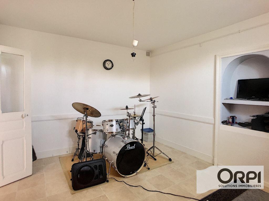 Maison à vendre 6 182m2 à Montluçon vignette-14