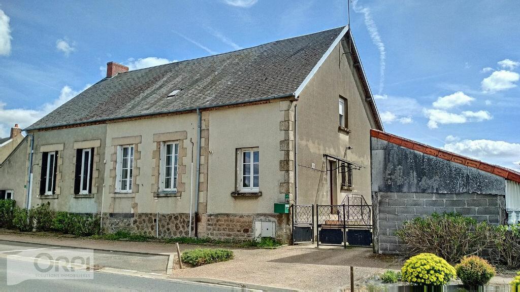 Maison à vendre 3 67m2 à Montmarault vignette-1