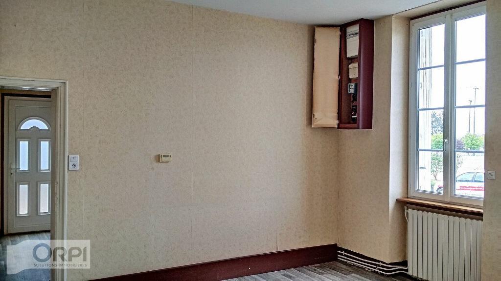 Maison à vendre 3 67m2 à Montmarault vignette-4