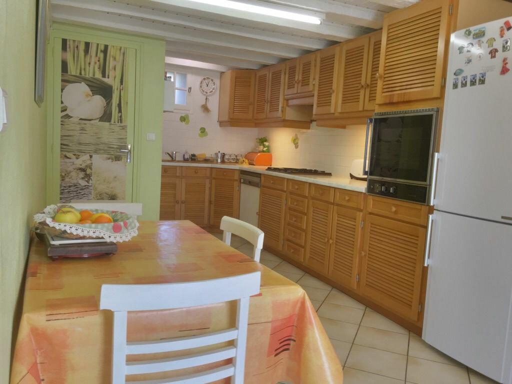 Maison à vendre 8 214m2 à Le Châtelet vignette-2