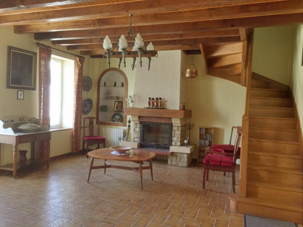 Maison à vendre 8 214m2 à Le Châtelet vignette-3