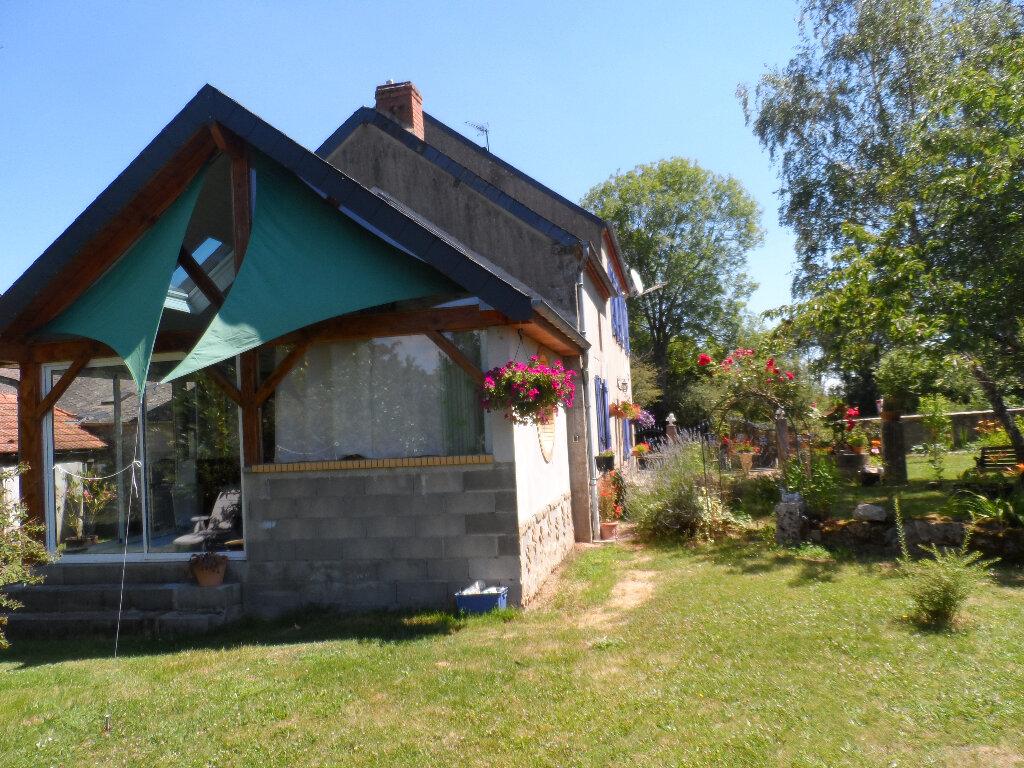 Maison à vendre 8 145m2 à Trois-Fonds vignette-3