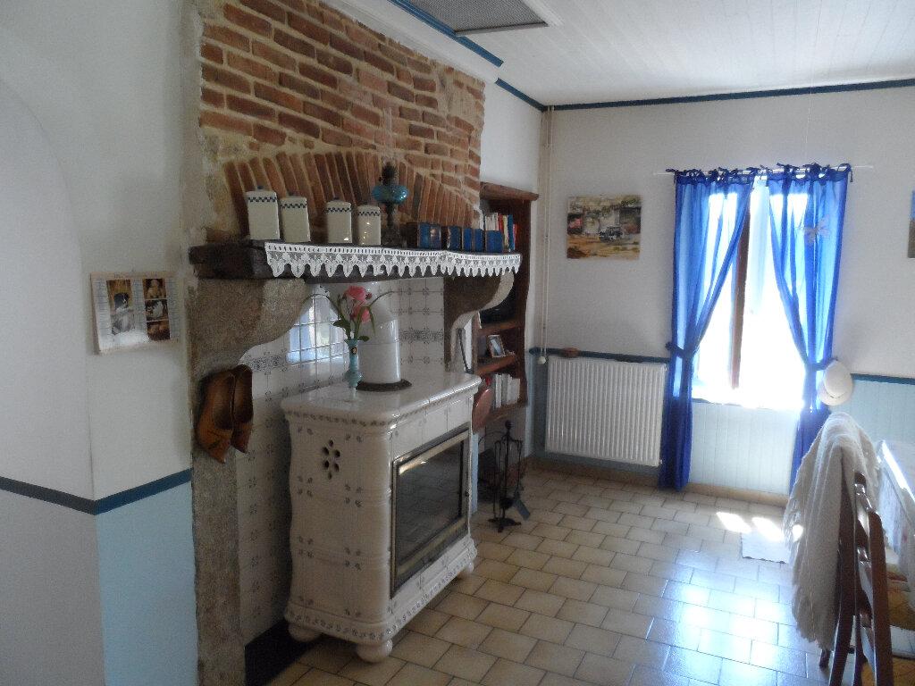 Maison à vendre 8 145m2 à Trois-Fonds vignette-4