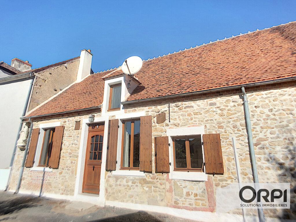 Maison à vendre 5 92m2 à Ainay-le-Vieil vignette-2